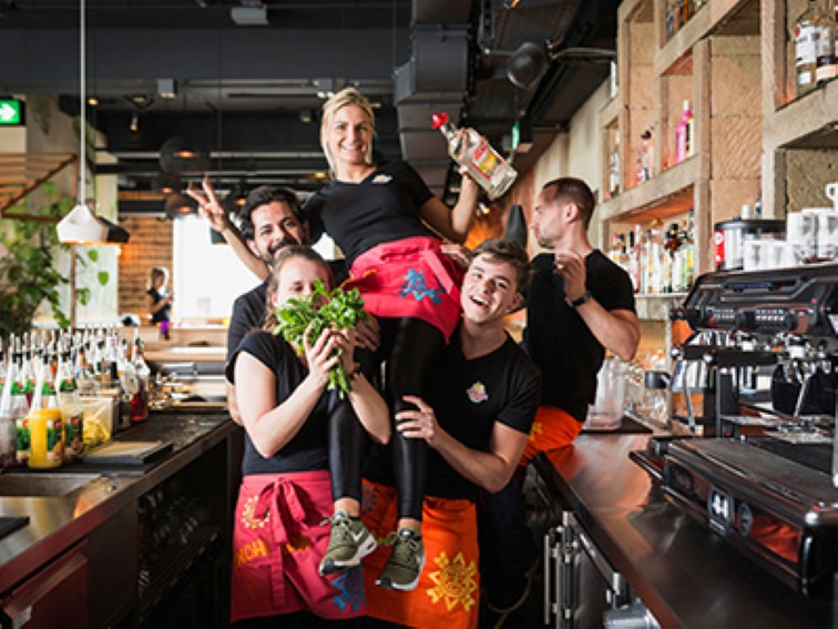 Enchilada sucht Mitarbeiter (m/w/d) für Service und Bar