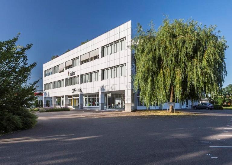 Freiburg Industriegebiet Nord ++ Dachgeschossbüro mit großer Terrasse
