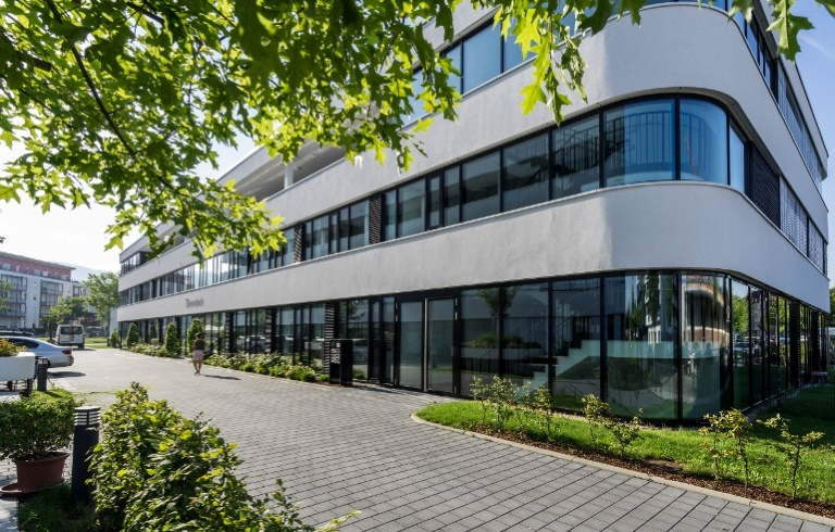 Freiburg-Güterbahnhof Nord ++ modernes Open Space Büro