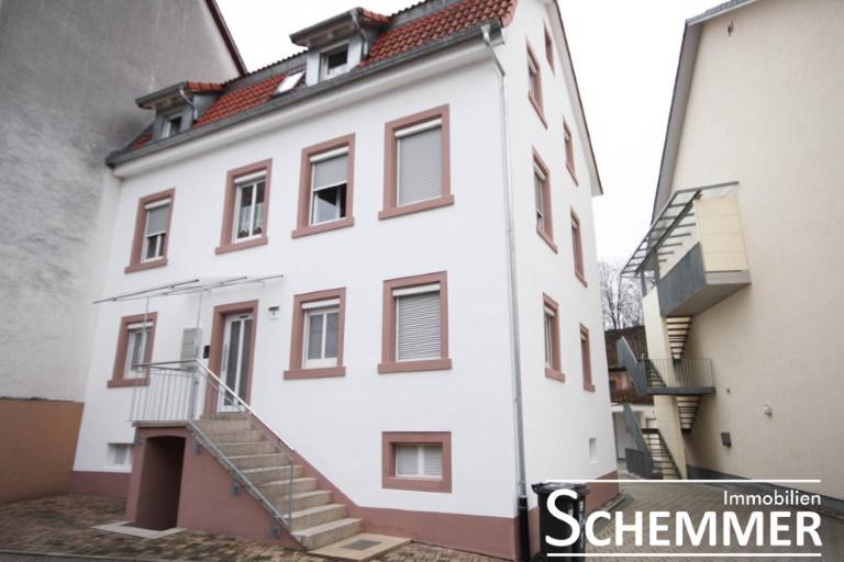 Waldkirch-Kollnau ++ Sehr schöne 2,5 Zi.-Whg. ohne Balkon, ohne Garten