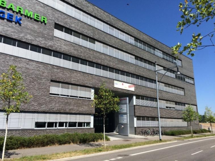 ++ 256 m² helle Büroräume am Innenstadtring ++