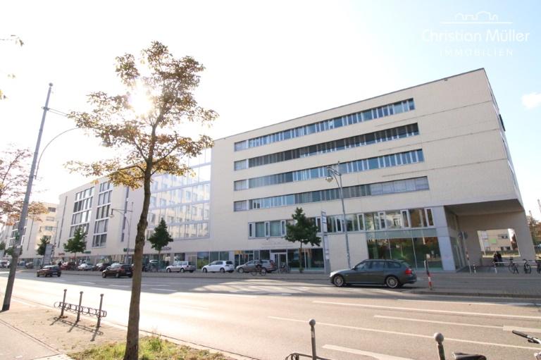 Attraktive Einzelhandelsfläche mit ca. 313 m² am Kopfende vom Xpress-Gebäude in Freiburg