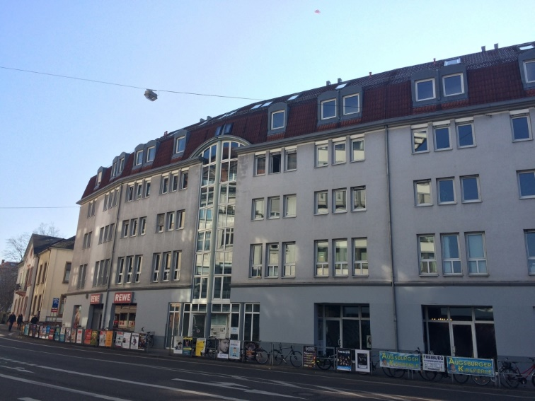 Freiburg<br/> - zentral gelegene Büroetagen -<br/> - gegenüber der Johanneskirche - <br/> 210m² bis 1.117m²