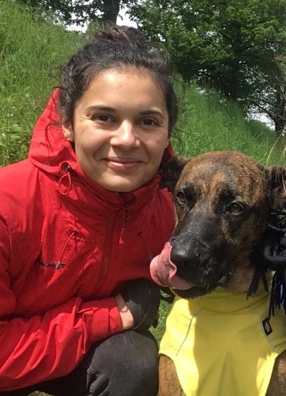 Junge zuverlässige Frau mit Hund sucht Wohnung
